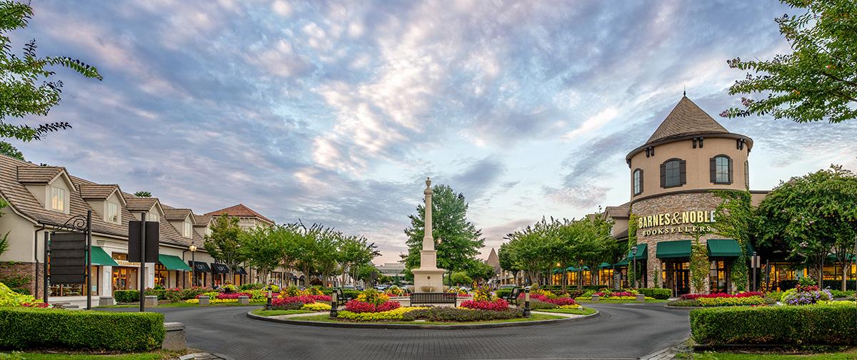 The Forum Shopping Center